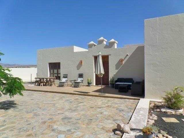 Let this real estate agent help you find the perfect property in Fuerteventura